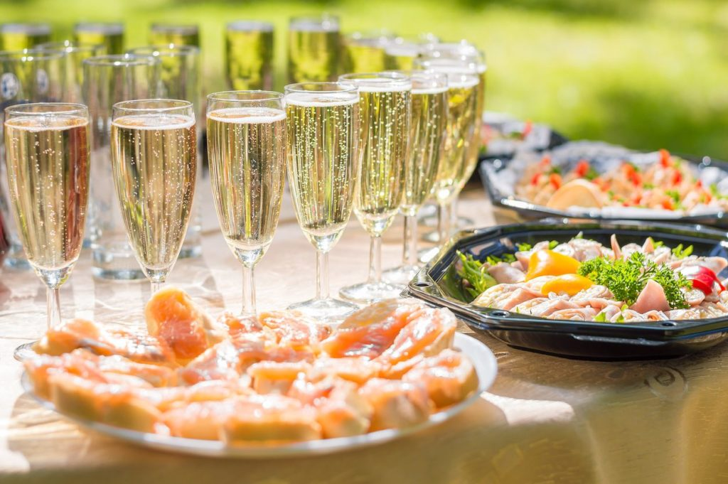 Wedding party buffet with champagne canape sandwiches for Canape buffet menus